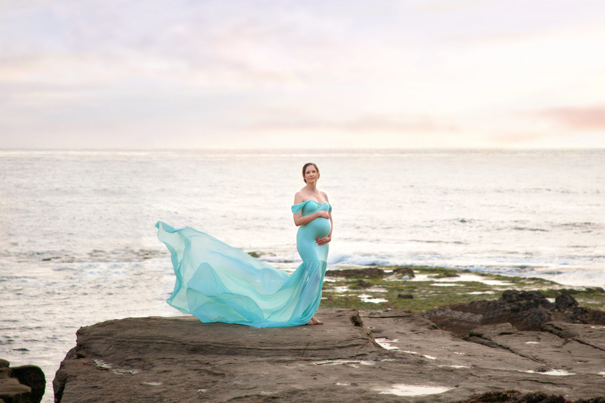 Pregnant woman posing for San Diego Maternity Photographer Baobab Photography